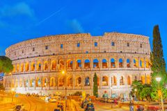 RZYM, ITALY-MAY 07, 2017: Piękny krajobraz Colosseum Zdjęcie Stock