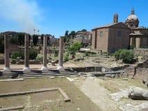 19 06 2017, Rzym, Italy: Piękny widok ruiny sławny rzymianin Fotografia Stock