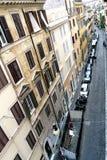 Rzym, Lazio, Włochy Lipiec 20, 2017 Widok z lotu ptaka wąski cobbl Obraz Stock