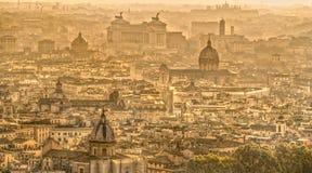 Rzym linia horyzontu z St Peter katedrą, Rzym, Włochy Fotografia Stock