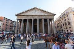 RZYM, LIPIEC - 21, 2015: Panteon, Rzym, Włochy Panteon jest sławnym zabytkiem antyczna Romańska kultura Obraz Royalty Free