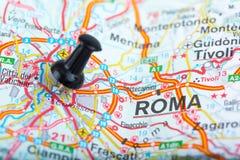 Rzym na Włoskiej mapie przyczepiającej Zdjęcia Royalty Free