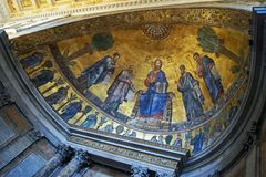 Rzym Sant Paul na zewnątrz ściany kopuły papieska bazylika fotografia stock