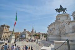 Rzym WŁOCHY, CZERWIEC, - 01: Piazza Venezia i zwycięzcy Emmanuel II zabytek w Rzym, Włochy na Czerwu 01, 2016 Zdjęcie Royalty Free