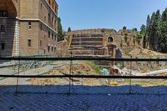 RZYM WŁOCHY, CZERWIEC, - 22, 2017: Ruiny mauzoleum Augustus w mieście Rzym Zdjęcia Stock