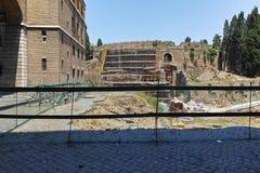 RZYM WŁOCHY, CZERWIEC, - 22, 2017: Ruiny mauzoleum Augustus w mieście Rzym Obrazy Stock
