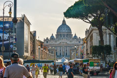 Rzym WŁOCHY, CZERWIEC, - 01: St Peter bazylika w Watykan, Rzym, Włochy na Czerwu 01, 2016 Zdjęcia Stock
