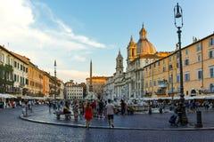 RZYM WŁOCHY, CZERWIEC, - 22, 2017: Zadziwiającego zmierzchu Panoramiczny widok piazza Navona w mieście Rzym Obrazy Stock
