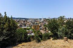 RZYM WŁOCHY, CZERWIEC, - 22, 2017: Zadziwiający Panoramiczny widok od Viale Del Belweder miasto Rzym Fotografia Royalty Free