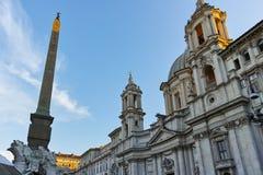 RZYM WŁOCHY, CZERWIEC, - 22, 2017: Zadziwiający Panoramiczny widok piazza Navona i Fiumi fontanna w mieście Rzym Obraz Royalty Free