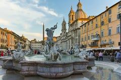 RZYM WŁOCHY, CZERWIEC, - 22, 2017: Zadziwiający Panoramiczny widok piazza Navona i fontanna Neptune w mieście Rzym Zdjęcie Royalty Free