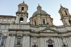RZYM WŁOCHY, CZERWIEC, - 22, 2017: Zadziwiający Panoramiczny widok piazza Navona i kościół Sant ` Agnese w Agone w mieście Rzym Obraz Stock