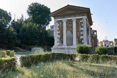 RZYM WŁOCHY, CZERWIEC, - 22, 2017: Zadziwiający widok świątynia Portunus w mieście Rzym Obraz Stock