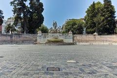 RZYM WŁOCHY, CZERWIEC, - 22, 2017: Zadziwiający widok fontanna Neptune przy piazza Del Popolo w mieście Rzym Zdjęcia Royalty Free