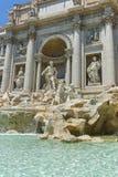 RZYM WŁOCHY, CZERWIEC, - 23, 2017: Zadziwiający widok Trevi fontanna Fontana Di Trevi w mieście Rzym Obraz Stock