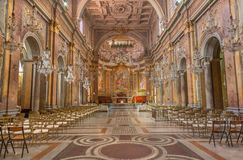 RZYM, WŁOCHY, 2016: Nave kościelna bazylika Di Santi Giovanni e Paolo Zdjęcia Royalty Free