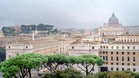 Rzym, Włochy, panorama Rzym i widok przy St Peter bazyliką, Watykan, widok od anioła kasztelu, Castel Sant «Angelo fotografia royalty free