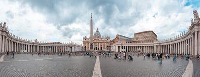 Rzym, Włochy - 23 06 2018: St Peter ` s katedra na St Peter ` s s obraz stock