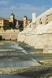 rzymski cordoba bridżowy meczet zdjęcie stock