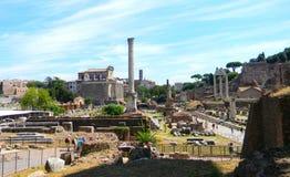Rzymski forum w Rzym i, szeroka perspektywa zdjęcia stock