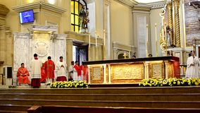 Rzymskokatolicki ołtarza msza rytuału wprowadzenie zdjęcie wideo