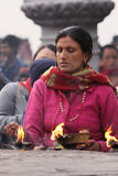 Sábado adora en el templo de Bindhyabasini Foto de archivo