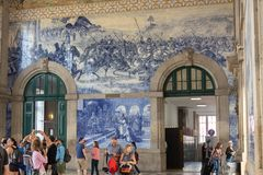 São Bento Train Station, Porto royaltyfri fotografi
