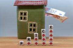 Símbolo para los precios de aumento fotos de archivo libres de regalías