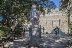 São豪尔赫城堡(Castelo de SA£oo豪尔赫)里斯本 雕象 免版税图库摄影