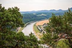 Sächsisches Schweizer lanscape Sommerfoto deutscher nationaler Natur-Park stockbild