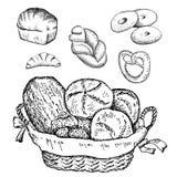 Sädes- bröd, torra bisquits och smällare i textilportionkorg Arkivbild