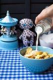 Sädesslag med mjölkar för frukost Royaltyfria Foton