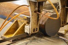 Sägemaschine für Metallarbeit Stockbild