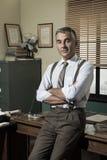 Säker affärsman i hans kontor Arkivfoton