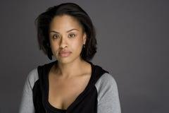 säker kvinna för afrikansk amerikan Royaltyfri Bild