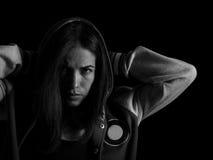 Säker kvinna med en stark viljekraft och beslutsamhet Arkivfoto