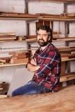Säker små och medelstora företagägare i ett träverkseminarium royaltyfri fotografi
