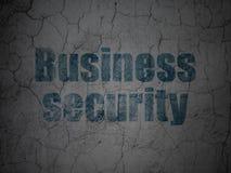 Säkerhetsbegrepp: Affärssäkerhet på grungeväggbakgrund Arkivbild