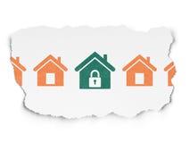 Säkerhetsbegrepp: hem- symbol på sönderriven pappers- bakgrund Royaltyfri Bild