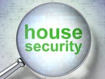Säkerhetsbegrepp: Hussäkerhet med optiskt exponeringsglas Arkivbilder