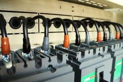 Säkerhetsbrytare för strömkrets för kabelanslutning inom växeln Royaltyfria Bilder