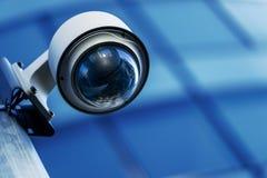 Säkerhetskamera och stads- video arkivbilder