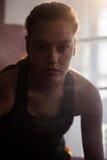 Säkert kvinnasammanträde i boxningsring Arkivfoton