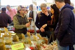 Säljare av kryddor för att laga mat Royaltyfria Bilder
