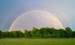 Sällan synlig dubbel regnbåge Fotografering för Bildbyråer