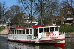 Sänd fartyg`-Saselbek ` på den Alster floden i Hamburg Royaltyfri Fotografi