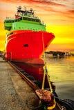 Sänd i port Arkivbild