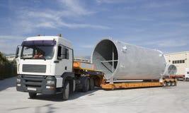 Sändning luft som kyler kanalen på lastbilen Arkivfoton