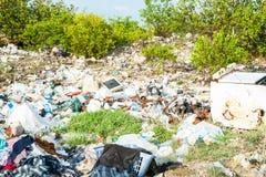 Sänfte und Abfall unvorsichtig fallen gelassen stockbild