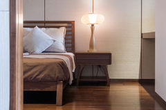 Säng och sovrum Royaltyfria Bilder
